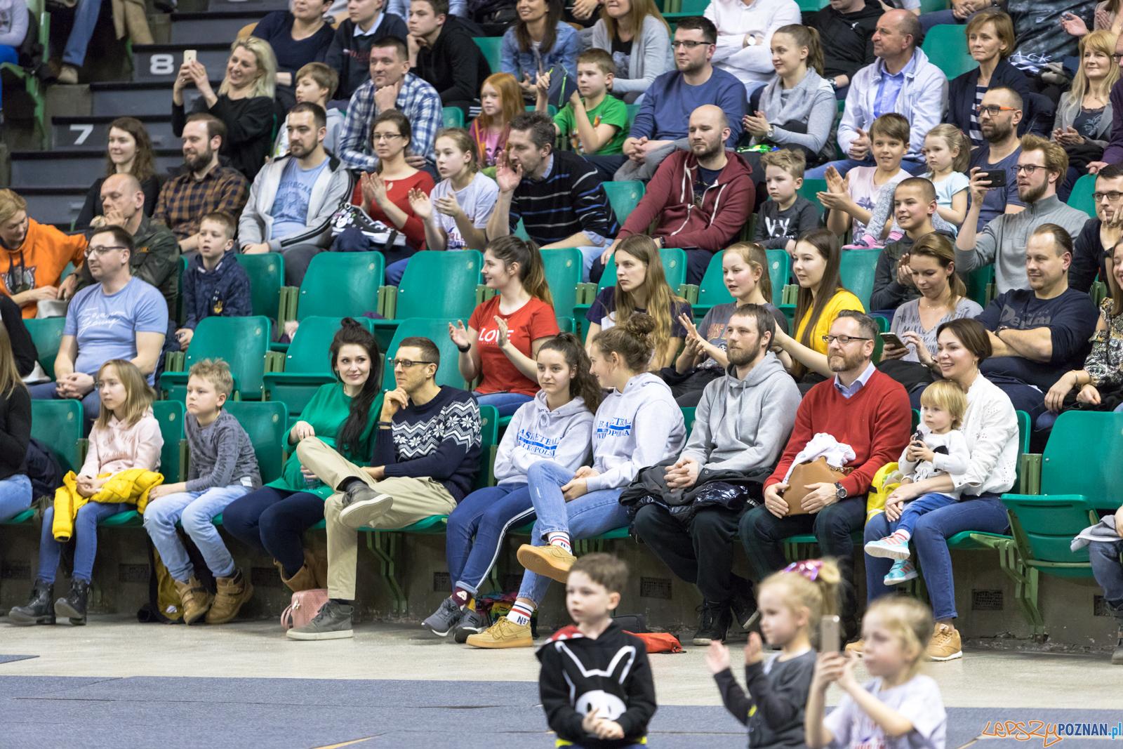 Harlem Globetrotters w Poznaniu  Foto: lepszyPOZNAN.pl/Piotr Rychter