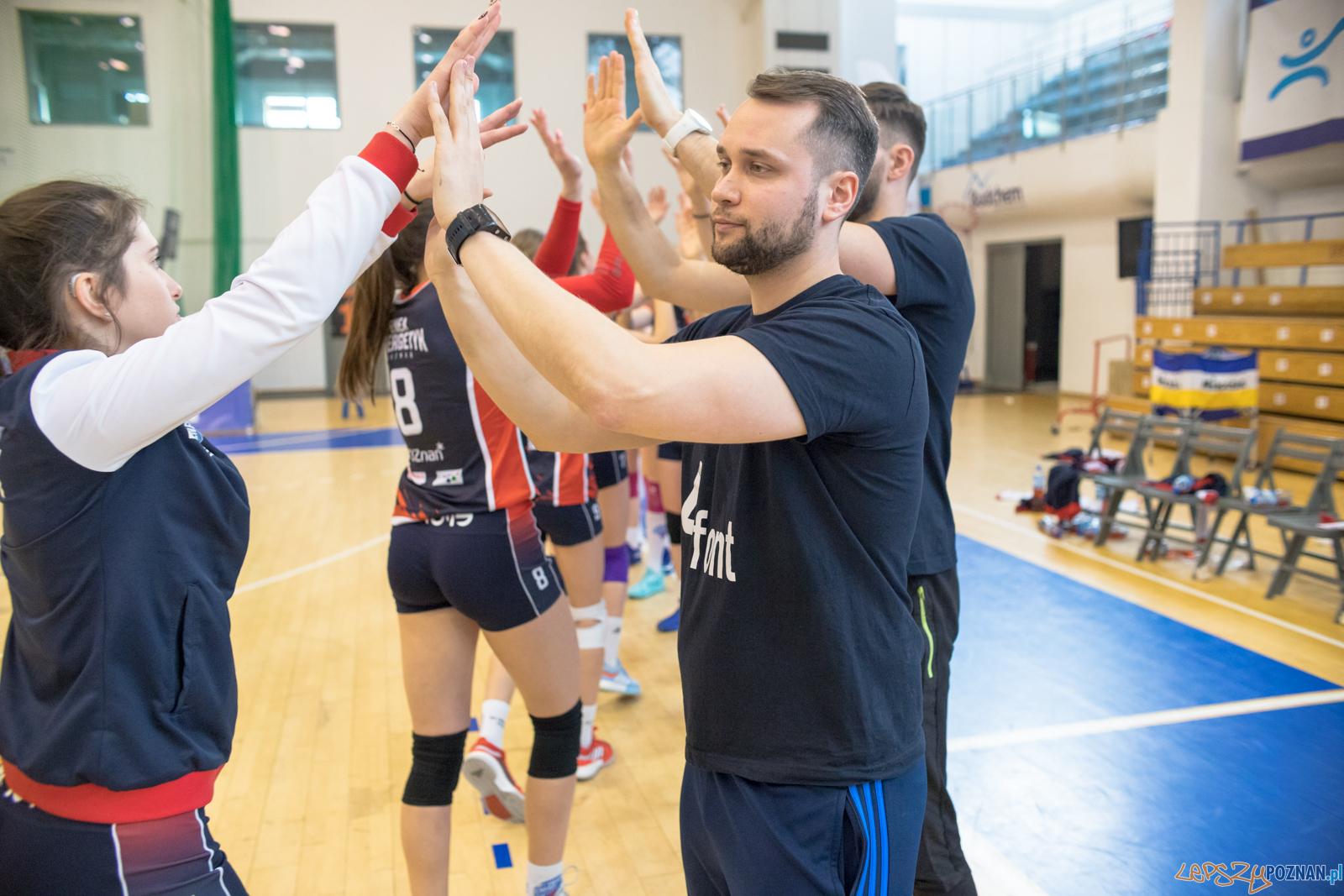 Mistrzostwa Wielkopolski Juniorek - Enea Energetyk Poznań - Ene  Foto: lepszyPOZNAN.pl/Piotr Rychter