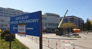 Szpital Wojewódzki: powstaje kontenerowa izba przyjęć  Foto: lepszyPOZNAN / Galaxy S9+