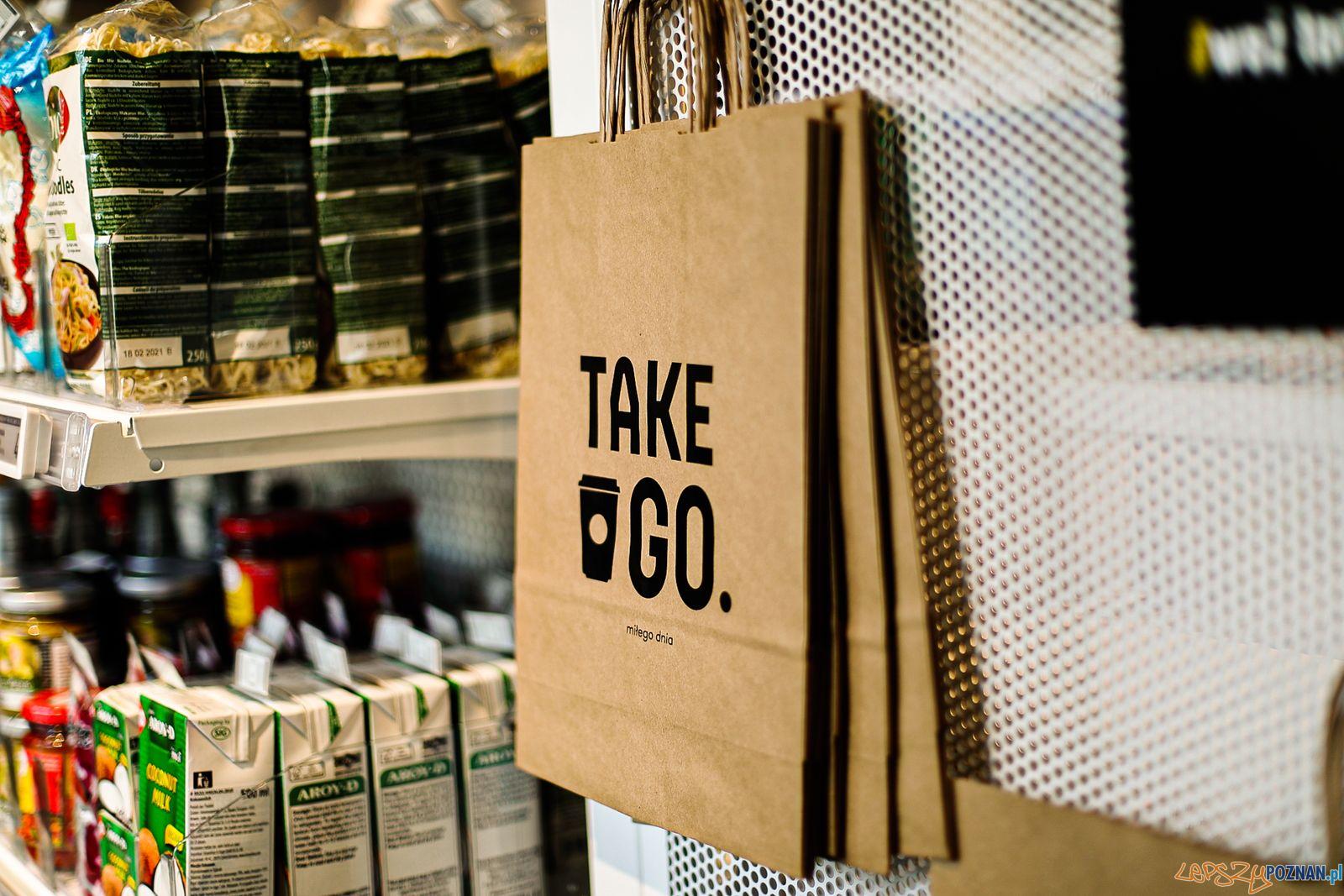 Take & Go - sklep przy Półwiejskiej - Długiej  Foto: materiały prasowe Surge Cloud