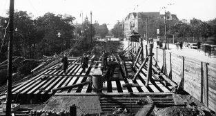 Kaponiera przebudowa Fabryka Budowy Mostów z Warszawy Pelcowizna 1924  Foto: J.Plucinski NAC / IKC - domena publiczna