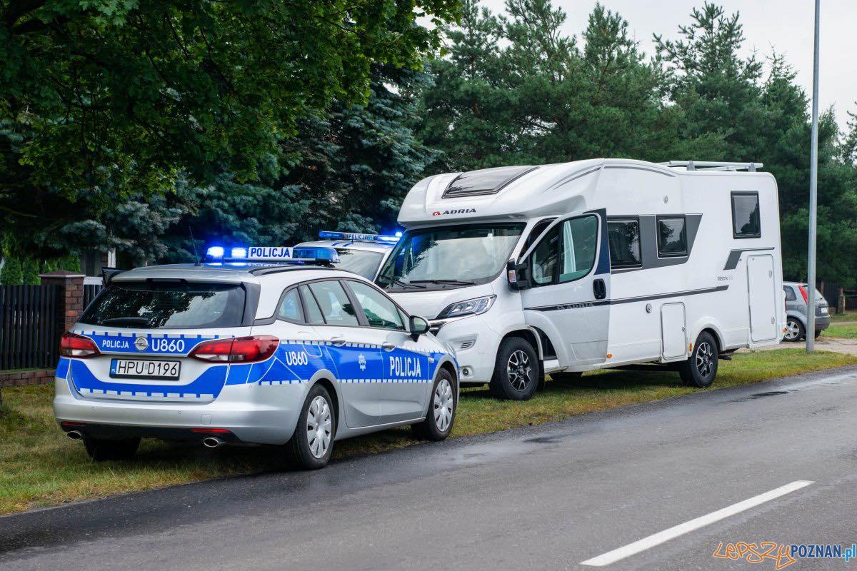 Kradli samochody i drogie kampery Foto: KWP