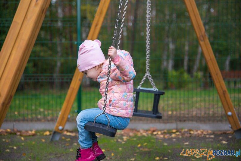 Plac zabaw w Dąbrówce Leśnej  Foto: UM Oborniki - L.R..