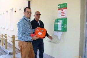 Kolejny defibrylator w Suchym Lesie  Foto: UG Suchy Las