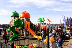 Otwarcie nowego placu zabaw przy ulicy Mściszewskiej w Murowanej Goślinie  Foto: UM Murowana Goślina
